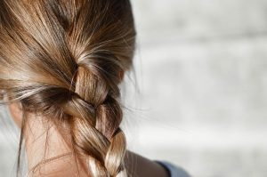 How to Thicken Hair the Natural Way?